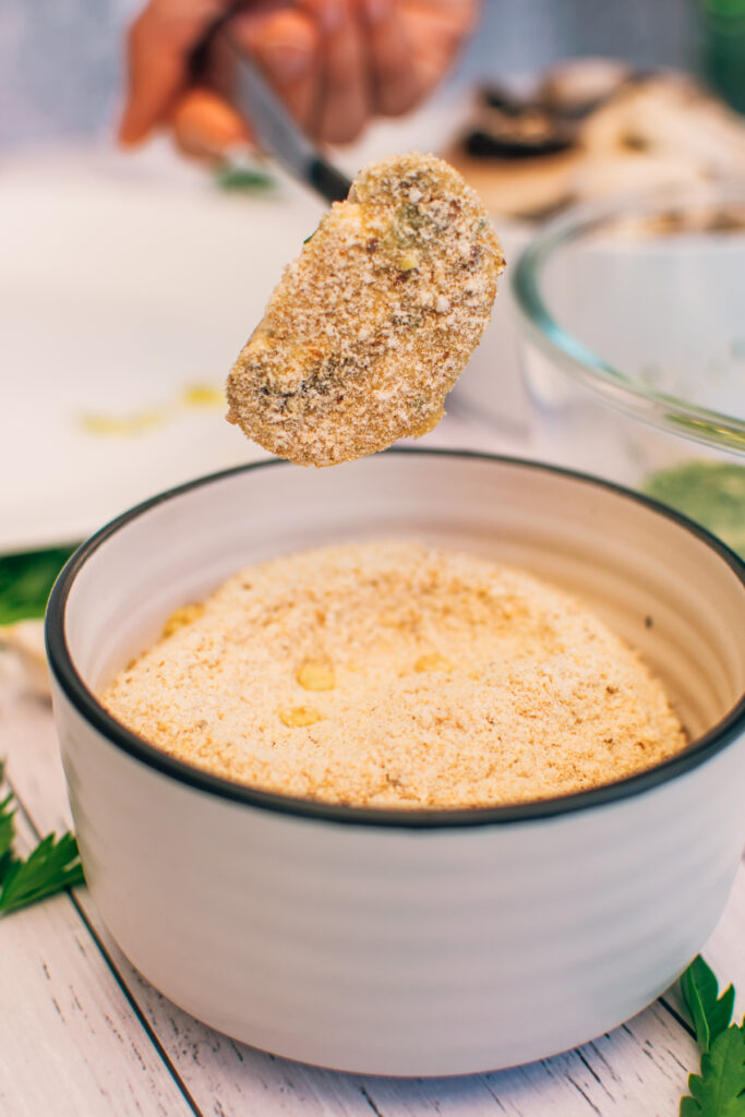 how to make baked garlic mushrooms breadcrumbs